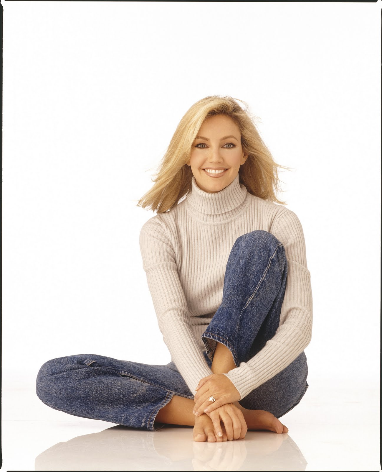 Heather Locklear Toes photo 2