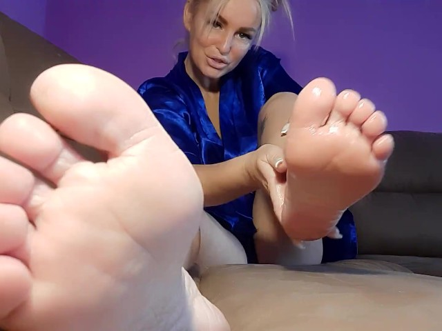 Her Foot Fetish photo 22