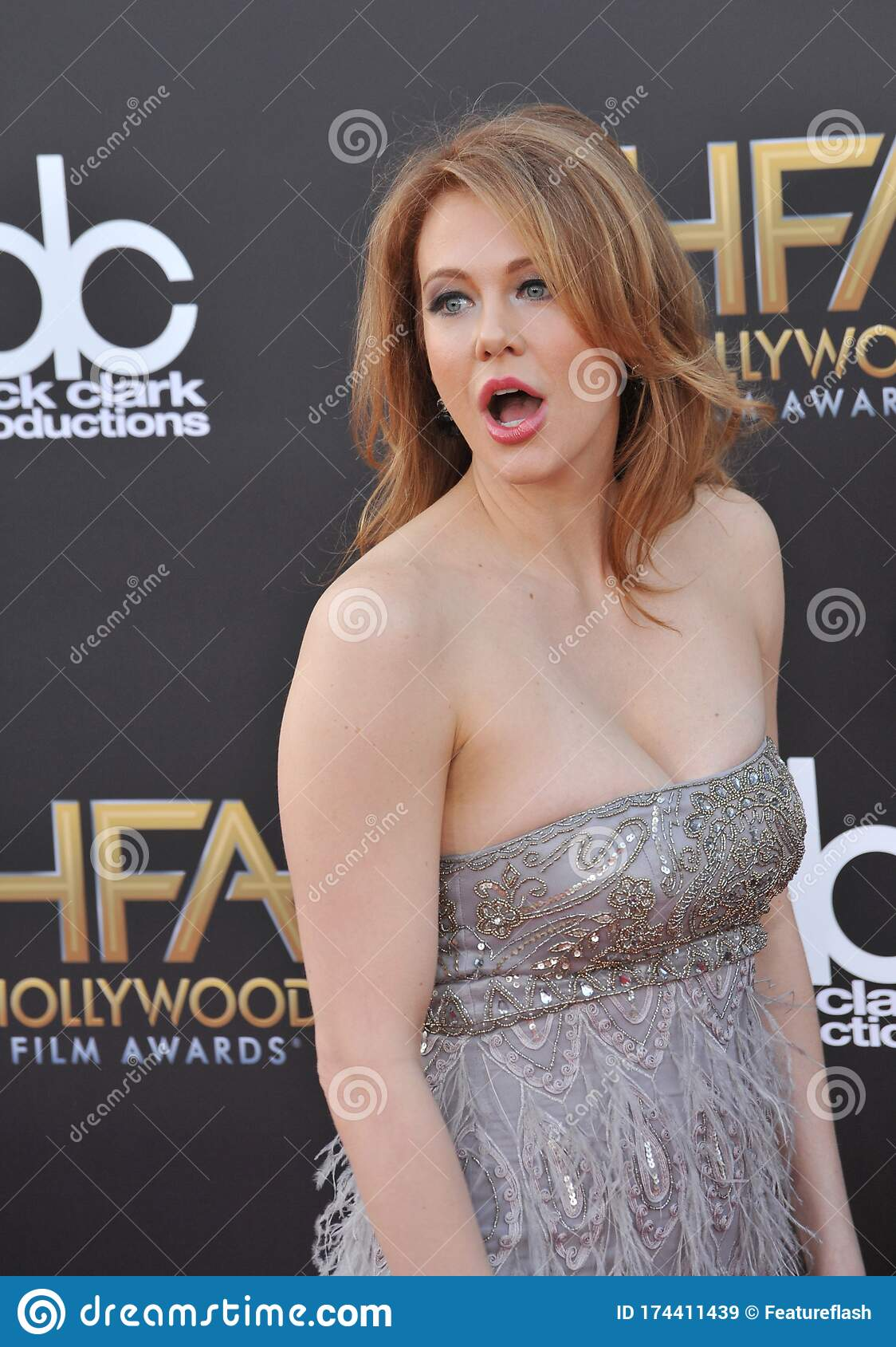 Maitland Ward Pictures photo 2