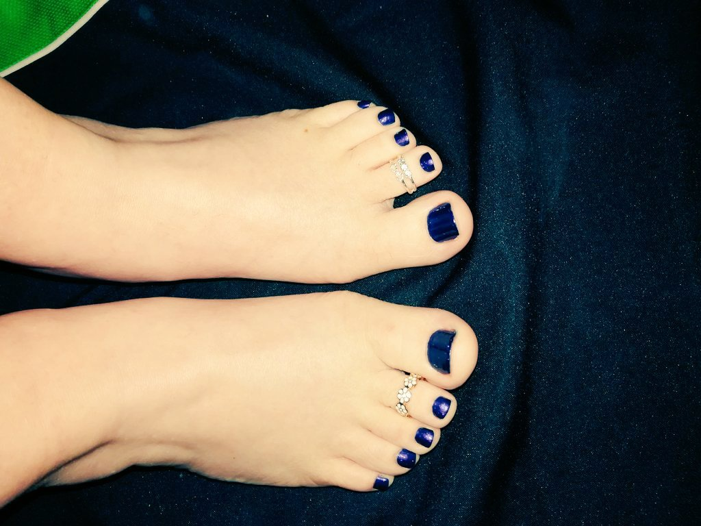 Paid For Pictures Of Feet photo 20