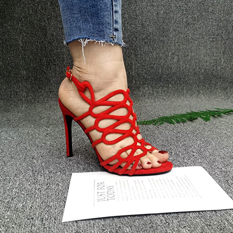 Girls In Sexy Shoes photo 3