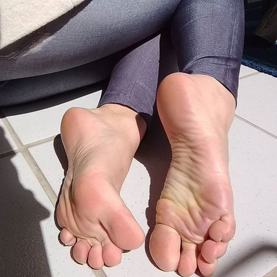 Sexy Young Soles photo 9