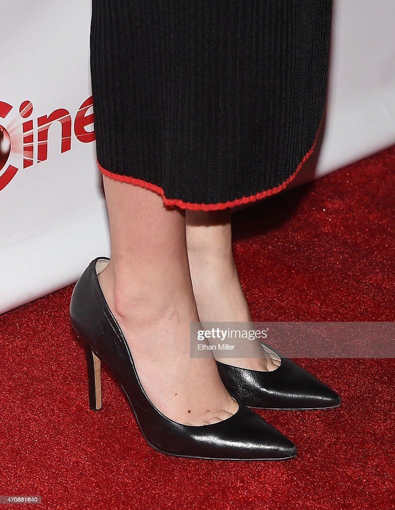 Amy Schumer Toes photo 5