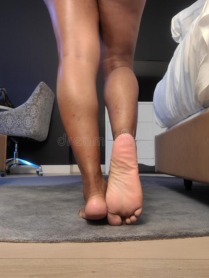 Ebony Soles And Toes photo 4