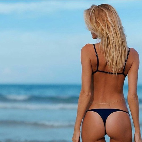Tanned Blonde Babe photo 19