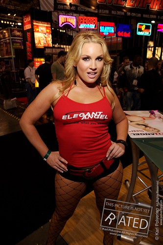 Where Is Flower Tucci photo 29