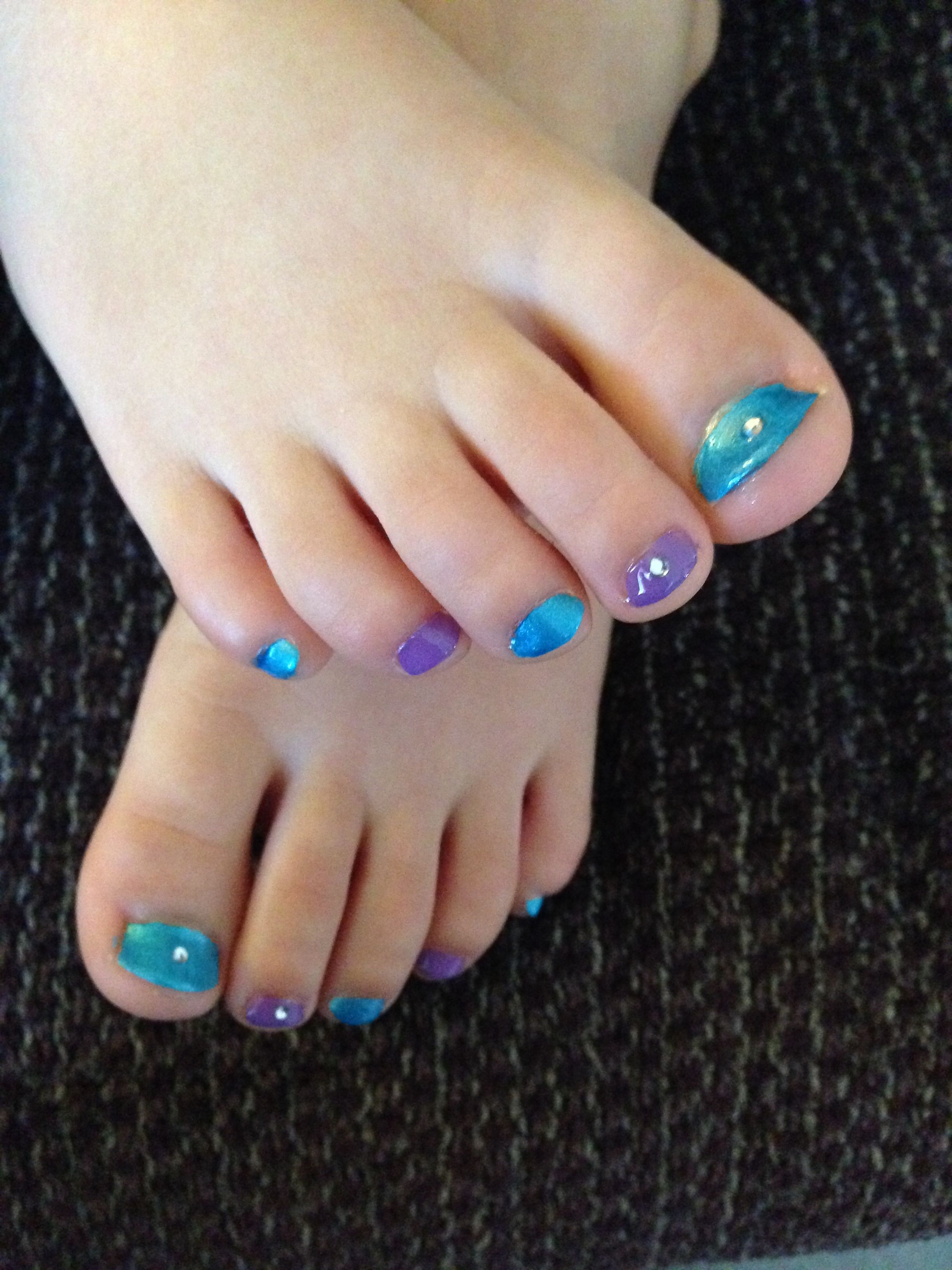 Cute Girls Feet Pictures photo 10