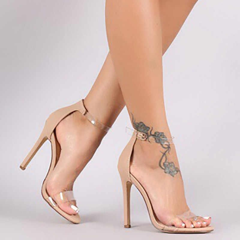 Women In Sexy Shoes photo 9