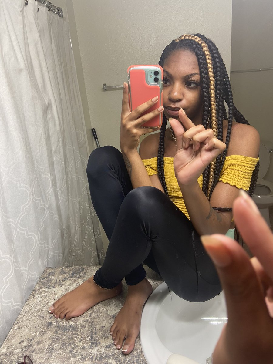 Ebony Soles And Toes photo 16