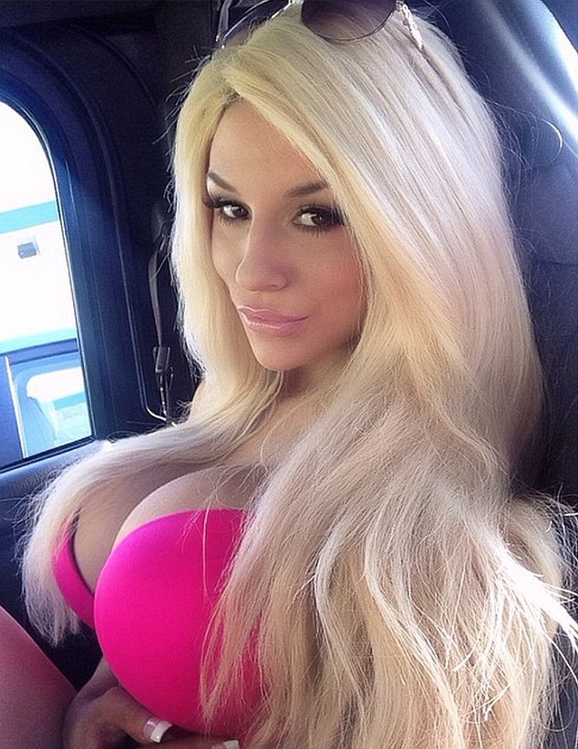 Hot Blonde In Pink photo 5