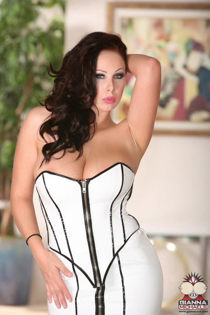 Gianna Michaels Images photo 15