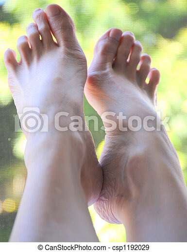 Pictures Of Womens Bare Feet photo 16