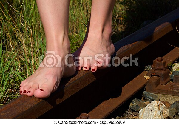 Pictures Of Womens Bare Feet photo 29