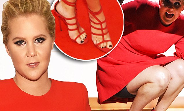 Amy Schumer Toes photo 20