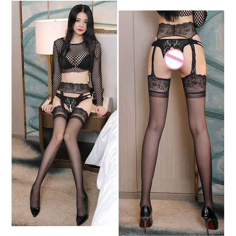 Women In Stockings And Suspenders photo 24