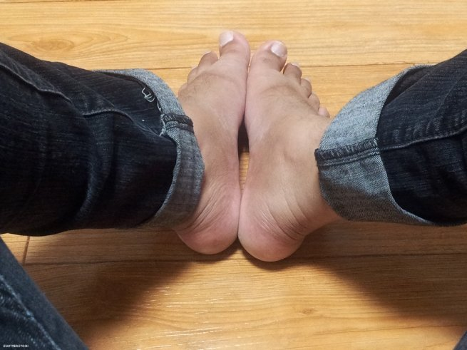 Foot Tease Story photo 10