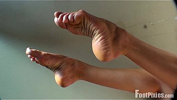 Mature Footjob With Arches photo 10