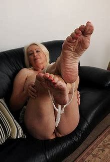 Old Woman Foot Fetish photo 19
