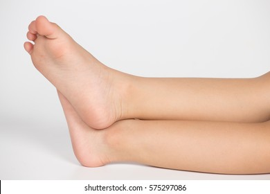 Cute Girls Feet Pictures photo 15