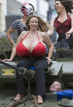 Chelsea Charms Images photo 12