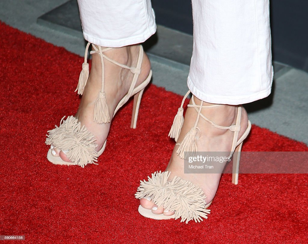 Heather Locklear Toes photo 7