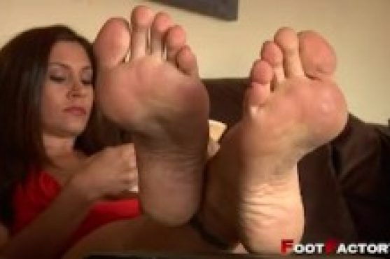 Mature Footjob With Arches photo 5