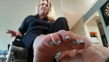 Old Woman Foot Fetish photo 29