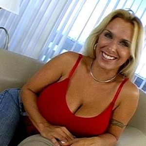 Who Is Holly Halston photo 1
